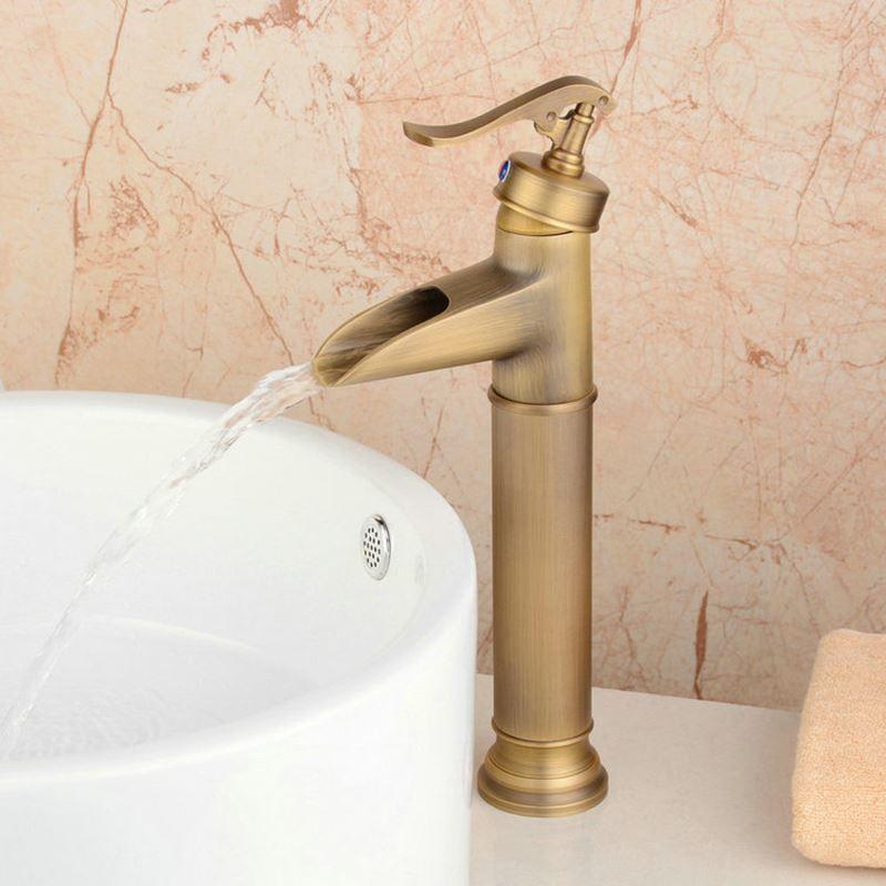 antik messing waschtischarmatur bad einhandmischer. Black Bedroom Furniture Sets. Home Design Ideas