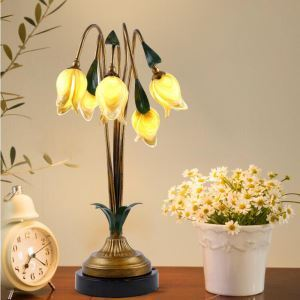 Led Tischleuchte im Florentiner Stil Glas Tulpen Design 5-flammig