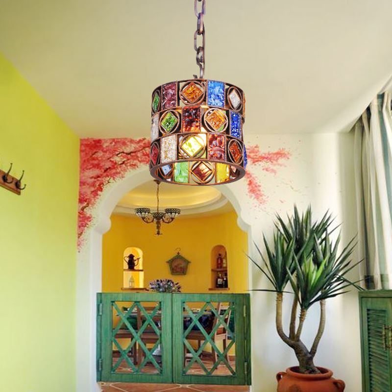 entz ckende h ngeleuchte buntes glas eisen 1 flammig im schlafzimmer. Black Bedroom Furniture Sets. Home Design Ideas