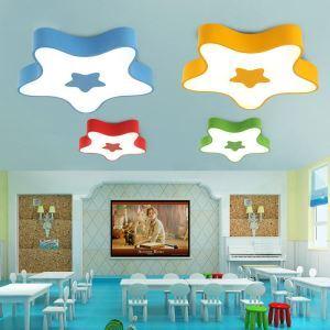 Schöne Deckenleuchte Led Modern Stern Design im Kinderzimmer