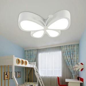Moderne Deckenleuchte Led Schmetterling Design im Kinderzimmer