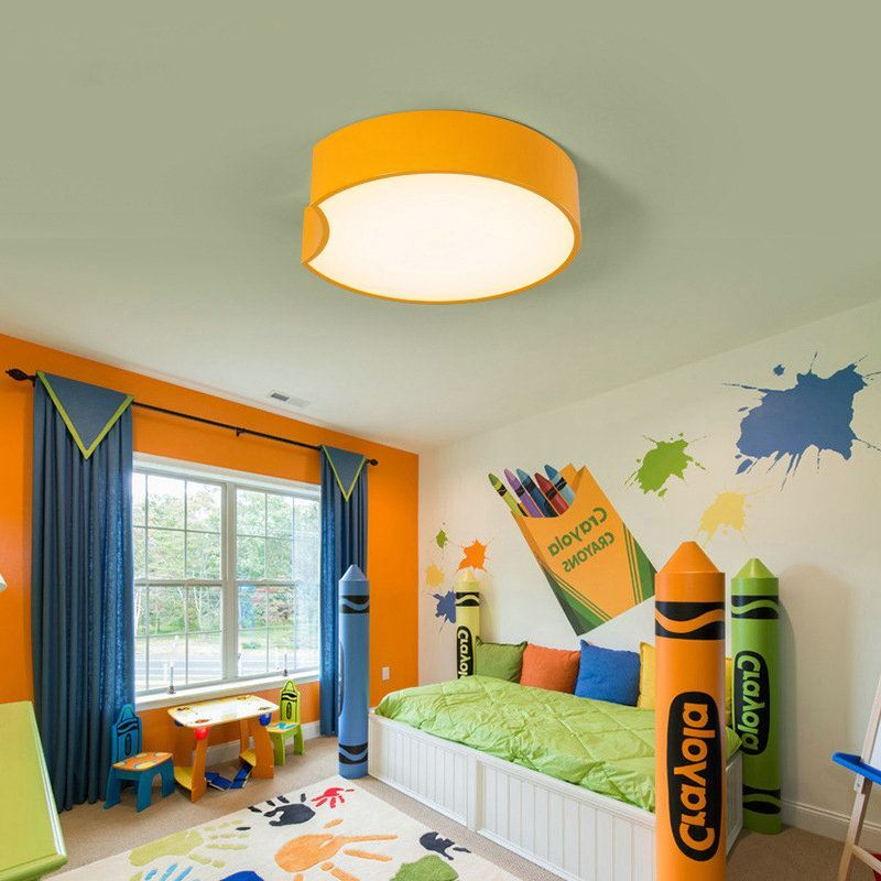 moderne deckenleuchte led geometrische design im kinderzimmer. Black Bedroom Furniture Sets. Home Design Ideas