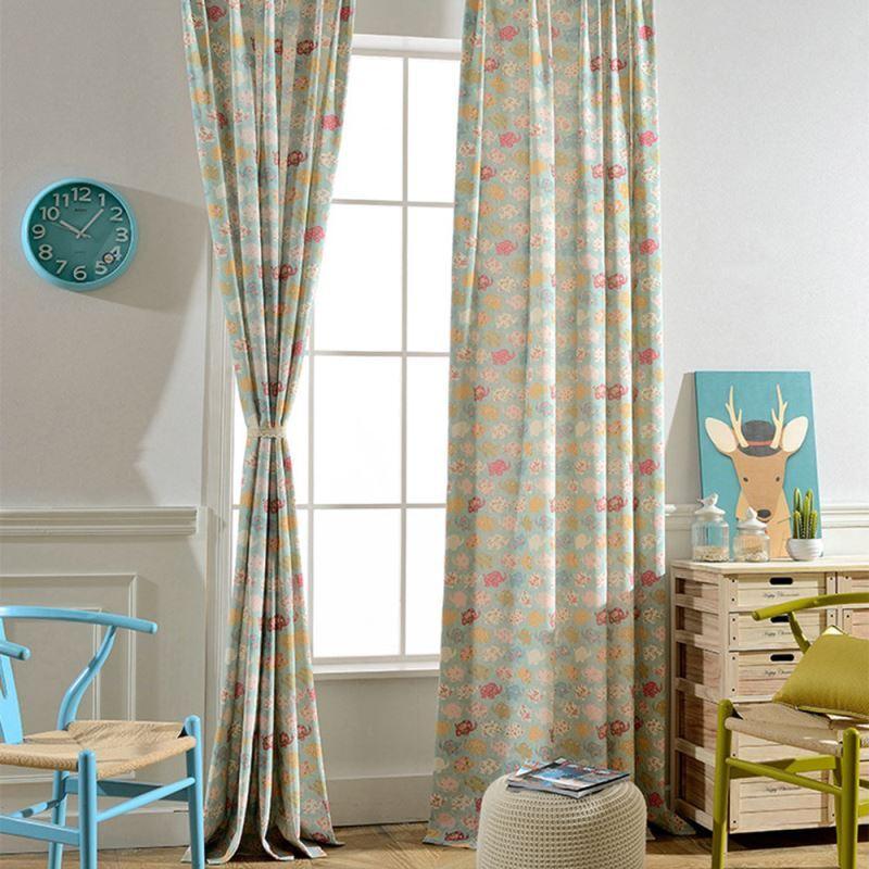 moderner vorhang cartoon tiere design im kinderzimmer. Black Bedroom Furniture Sets. Home Design Ideas