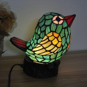 Tiffany Tischleuchte Nachtlicht Vogel Design im Schlafzimmer