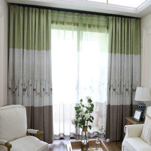 Minimalismus Vorhang Reh Muster im Wohnzimmer