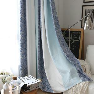 Minimalismus Vorhang Streifen Design im Wohnzimmer