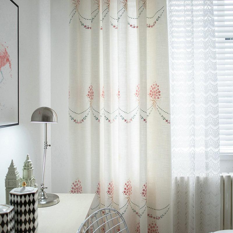 landhaus vorhang minimalismus rot stickerei im kinderzimmer. Black Bedroom Furniture Sets. Home Design Ideas