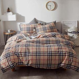 Bettwäscheset 4-teilig Baumwolle mit klassischem Streifen Muster