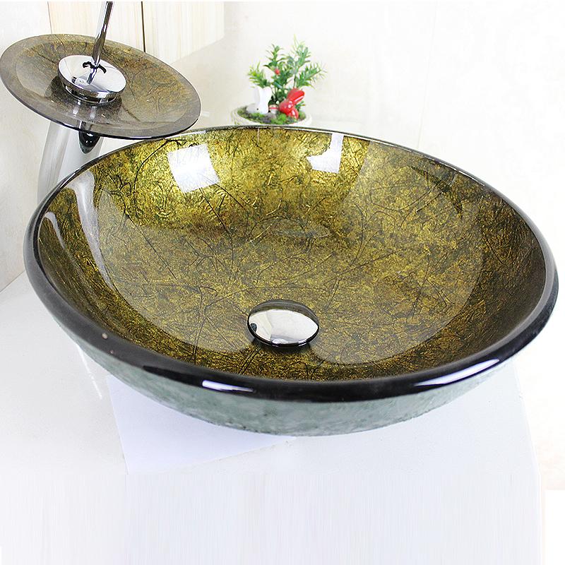 Sch nes f r bad modern waschbecken gold rund glas aufsatz for Wasserhahn bad modern