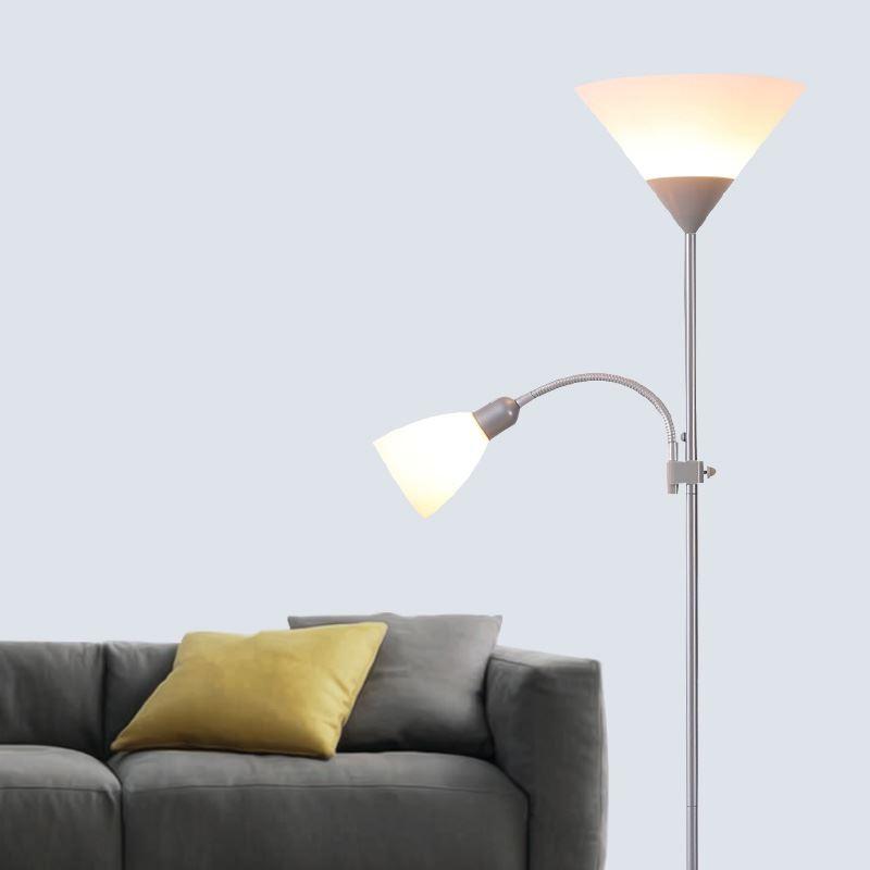 Beleuchtung wohnr ume wohnzimmerleuchten stehleuchte for Wohnzimmerleuchten led modern