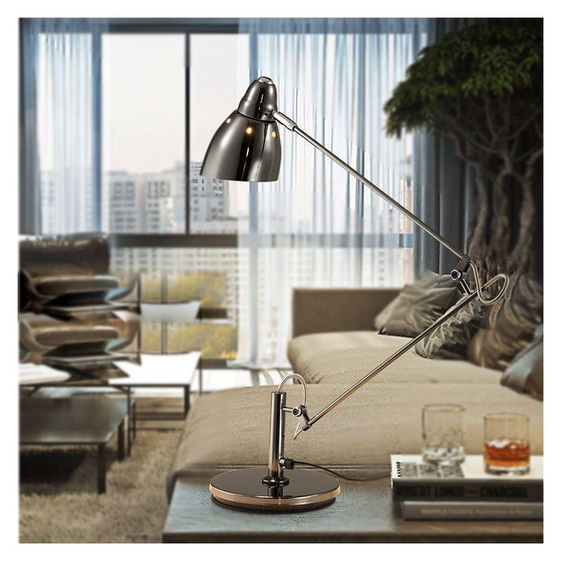 tischleuchte modern design silber im wohnzimmer lesezimmer. Black Bedroom Furniture Sets. Home Design Ideas