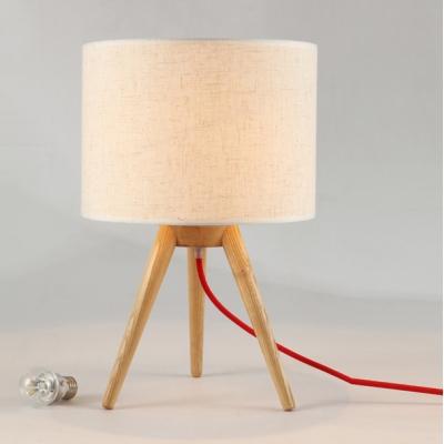 liebliche tischleuchte modern holz stativ design. Black Bedroom Furniture Sets. Home Design Ideas