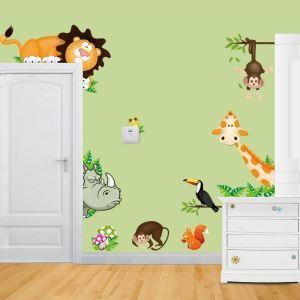 PVC Wandtattoo Cartoon Tiere im Wald