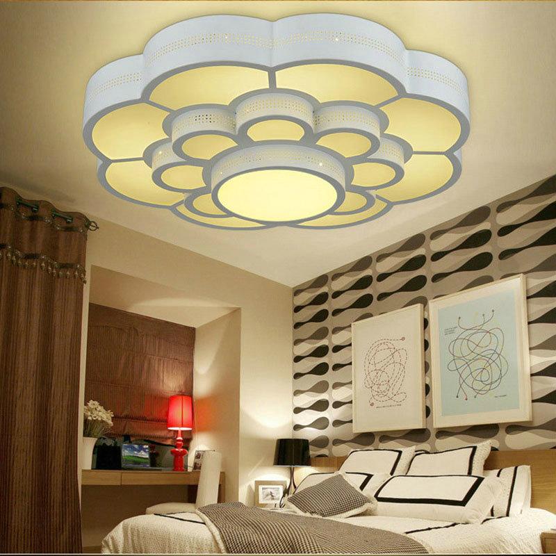 Led Deckenleuchte Modern Ume Blüte Design im Wohnzimmer