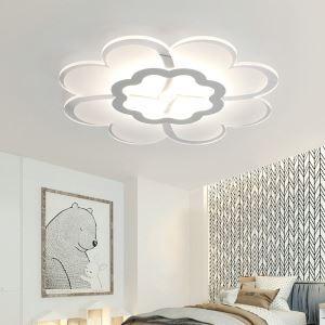 Moderne Deckenleuchte Led Blume Design im Wohnzimmer
