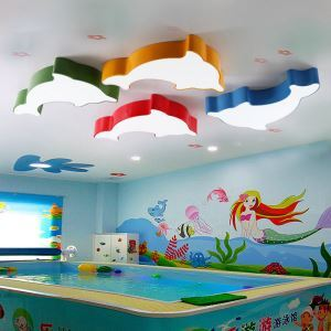 Led Deckenleuchte Modern Delphin Design im Kinderzimmer