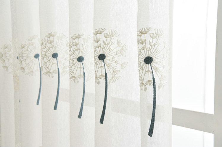 Moderne Gardine Pusteblume Design im Schlafzimmer