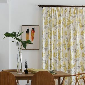 Minimalismus Vorhang Landhau Gelbe Blumen aus Leinen im Wohnzimmer