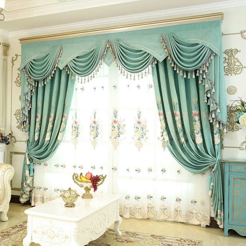 Luxus Gardine Blumenkorb im Schlafzimmer