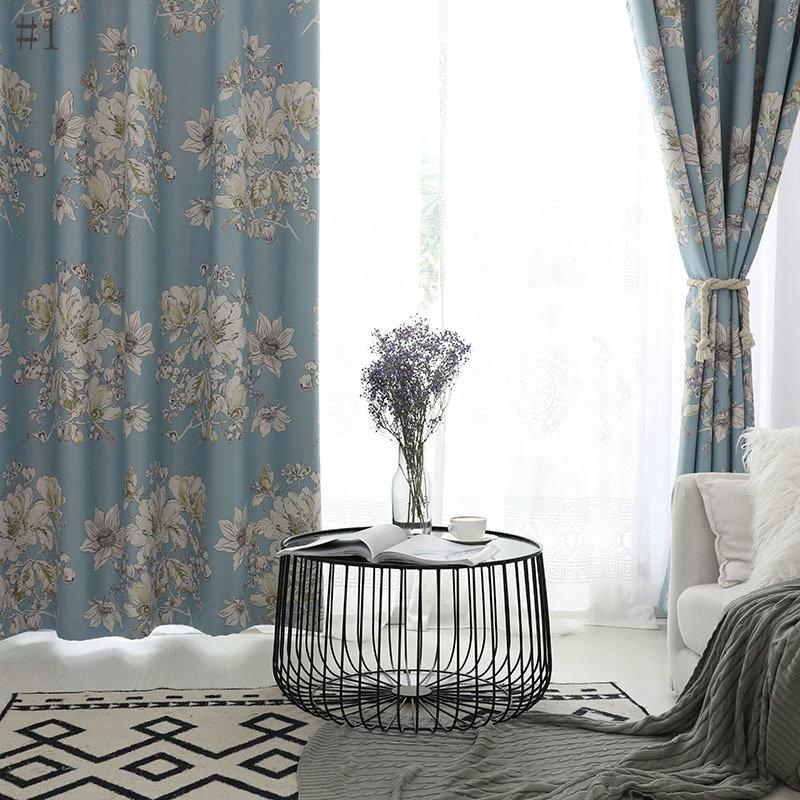 landhaus vorhang modern blumen muster im schlafzimmer. Black Bedroom Furniture Sets. Home Design Ideas