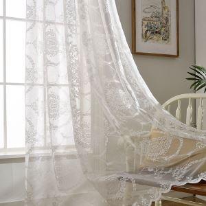 Minimalismus Gardine Blumen Weiß im Schlafzimmer