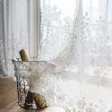 Modern Gardine Rose Design im Wohnzimmer
