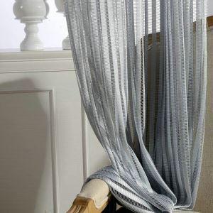 Modern Gardine Grau Streifen Design im Wohnzimmer