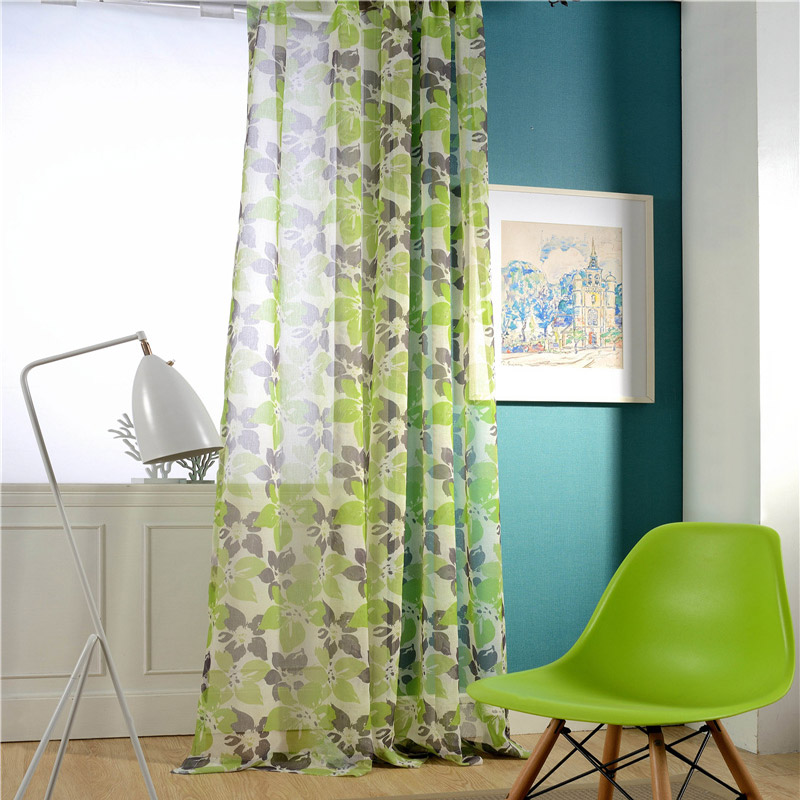 Landhaus Gardine Grünne Blumen Muster Design im Wohnzimmer ...
