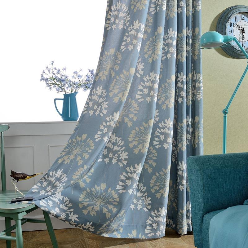japanisch vorhang blau blumen muster design im schlafzimmer. Black Bedroom Furniture Sets. Home Design Ideas