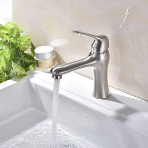 Waschtischarmatur Einhand Gebürstet im Badezimmer