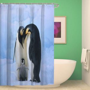 Cartoon Duschvorhang 3D-Effekt mit liebem Pinguin Stoffdruck