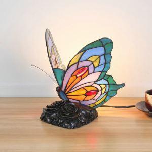 Tischleuchte im Tiffany Stil Schmetterling Gestaltet im Wohnzimmer