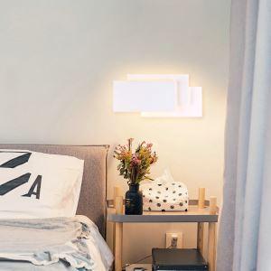 Led Wandleuchte Stilvoll Eckig Design im Schlafzimmer