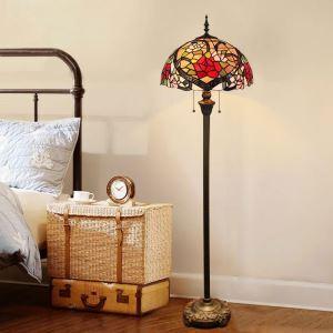 Stehlampe Tiffany Stil Rose Muster im Lesezimmer