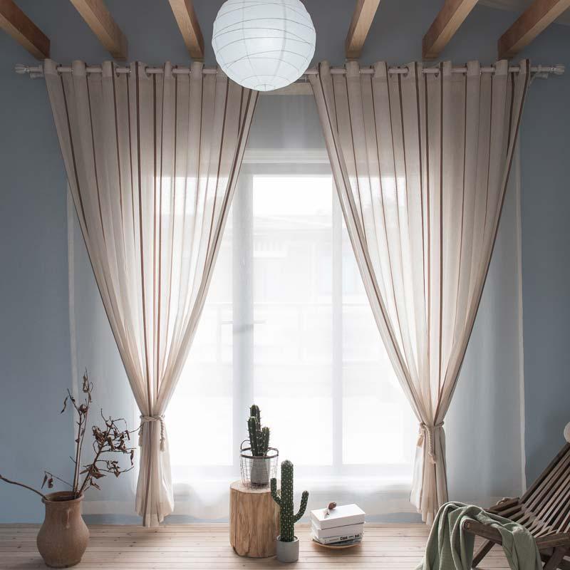 Moderne Gardine Streife Design im Schlafzimmer