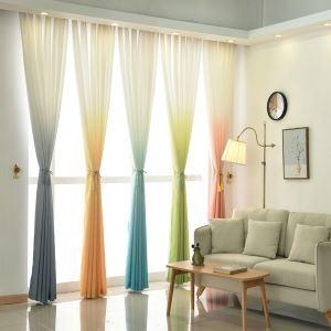 Moderner Vorhang Farbverlauf aus Polyester im Wohnzimmer