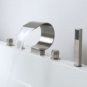Wannenrandarmatur 5 loch Wasserfall Kurve Design mit Handbrause Gebürstet