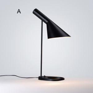 Kreative Tischlampe Schwarz aus Eisen Trompete Design