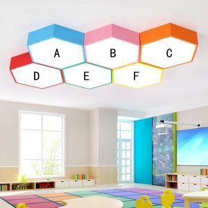 Bunte LED Deckenleuchte Sechseck -formig für Kinderzimmer