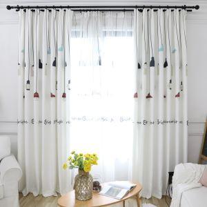 Minimalismus Vorhang mit Hängeleuchte Motiv für Wohnzimmer