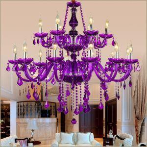 Kunstvoller Kronleuchter Kristall Kerzen Design in Lila