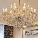 Zauberhafter Kronleuchter Kristall Kerzen Design in Beige für Esszimmer