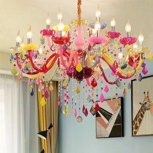 Farbenfroher Kronleuchter Kristall Kerzen Design für Kinderzimmer