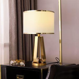 Moderne Tischleuchte aus Eisen in golden Luxus Stil